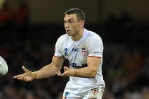 Kevin Sinfield wants to carry on playing for England