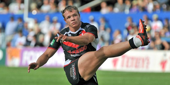 St Helens: Lomax out for rest of season