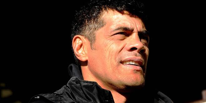 Kiwis keep Kearney as coach