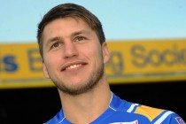 "Hall is ""incredible"", says Rhinos winger Tom Briscoe"