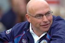 Former Bradford Bulls chairman votes for Kear to get job