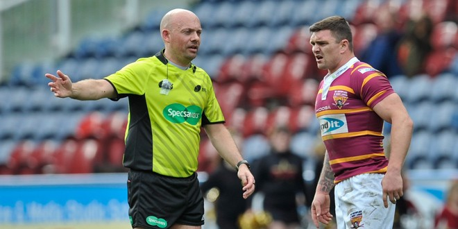 Danny Brough was furious with Phil Bentham. ©RLPhotos