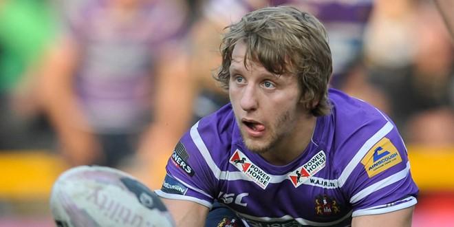Logan Tomkins joins Salford in loan swoop
