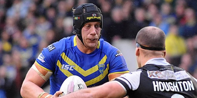 Chris Hill signs Warrington contract extension