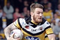 Daryl Clark signs for Warrington Wolves
