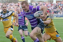 Joe Burgess wins Albert Goldthorpe Rookie of the Year medal