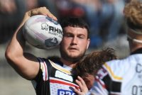 Jay Pitts signs up at London Broncos for 2017 season