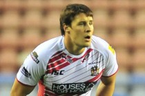 Wane reacts as Tomkins ruled out for six weeks