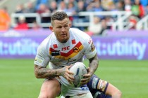 Carney commits to Catalans for three more years