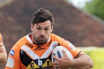 Castleford extend Cook's stay