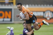 Solomona smashes Castleford try-scoring record, and has sights on another
