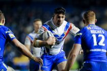Mickael Simon signs new deal at Wakefield