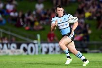 Sharks hammer Raiders in Canberra