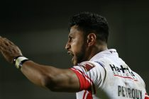 Dominique Peyroux agrees new contract with St Helens