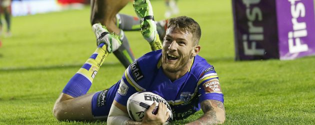 Daryl Clark signs new contract with Warrington Wolves