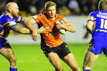Castleford duo join Batley on season-long loan