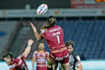 Giants into top 8 with Dragons thrashing