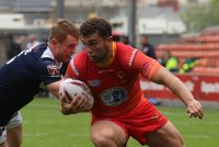 Owens becomes latest Leigh recruit