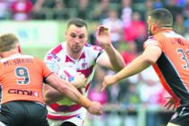 Hopkins pens new Leigh deal
