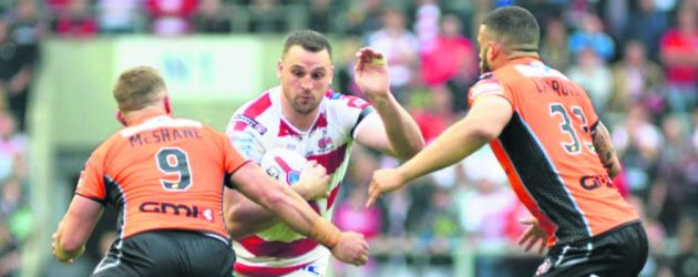 Hopkins pens new Leigh deal