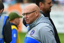 Kear extends Wakefield stay