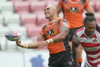Castleford secure League Leaders' Shield in style
