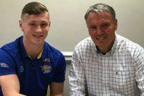 Leeds hand teenager new three-year deal